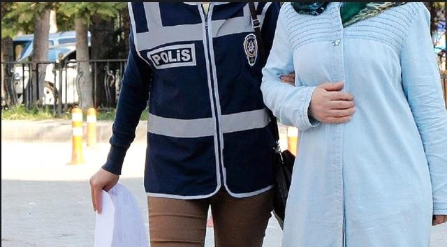Manisa'da 2 kadın FETÖ'den tutuklandı