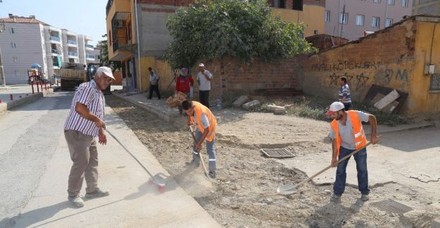 Turgutlu'da yollar düzenleniyor