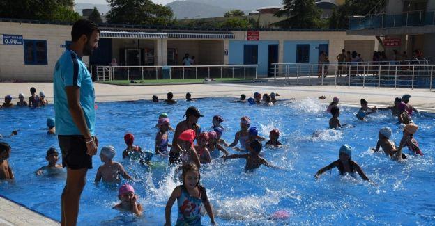 Yunusemre'de yaz spor okulları büyük ilgi gördü