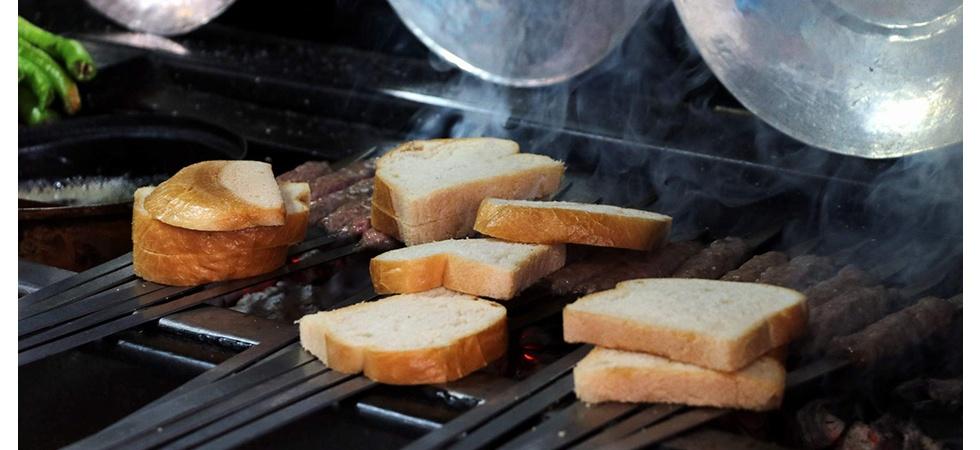 Manisa'da çölyak hastaları için glutensiz Manisa Kebabı yapıldı