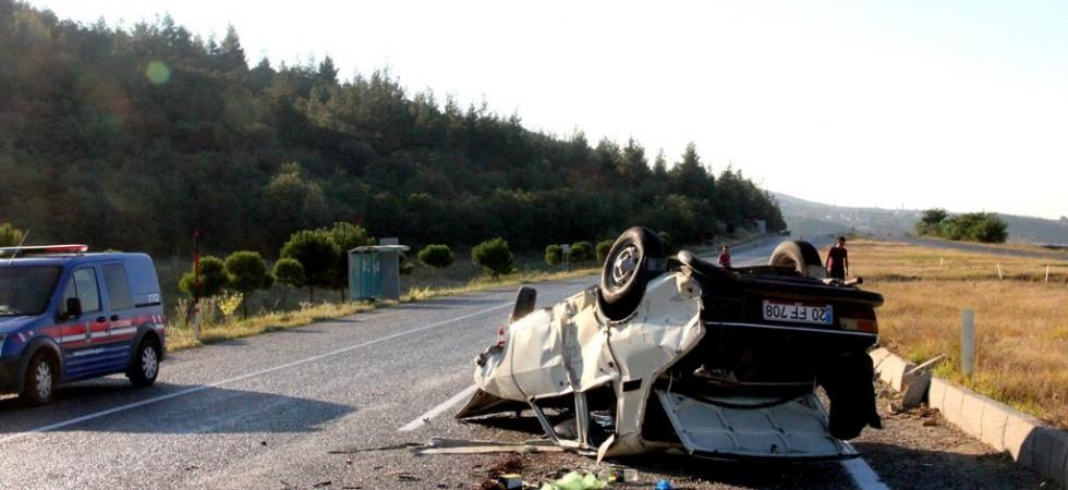 Manisa'da Feci Kaza! 5 Yaralı!