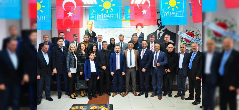 İYİ Parti Manisa'da kongre süreci başladı