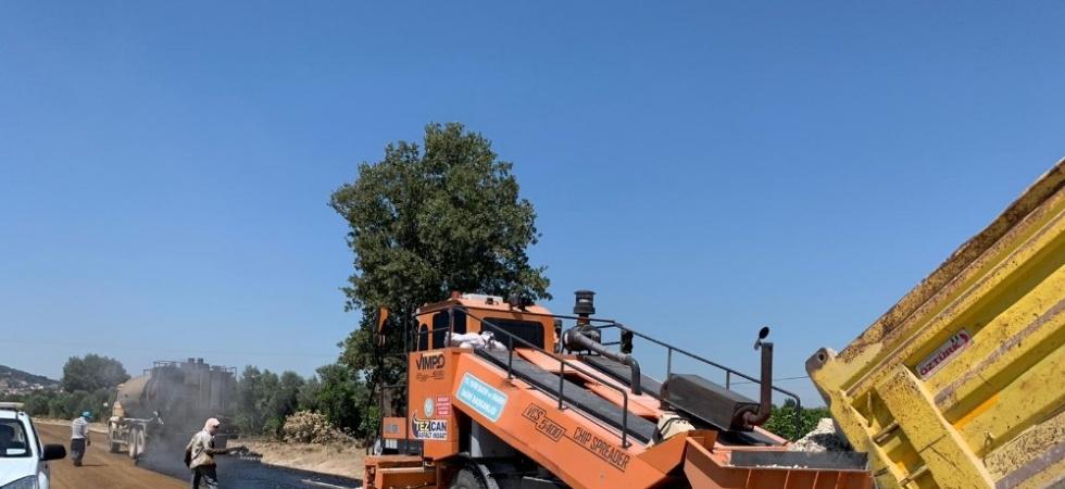 Akhisar ve Gölmarmara'da asfalt çalışmaları başladı