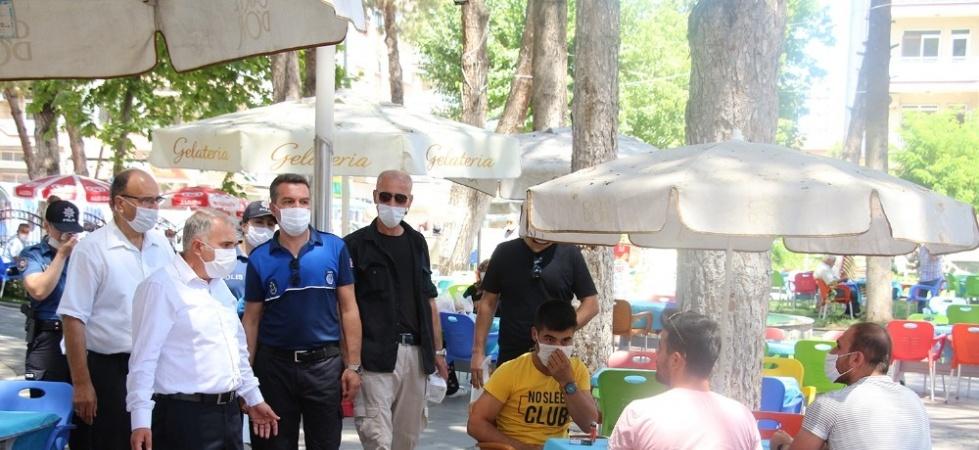 Kula'da pazar yerlerinde maske denetimi