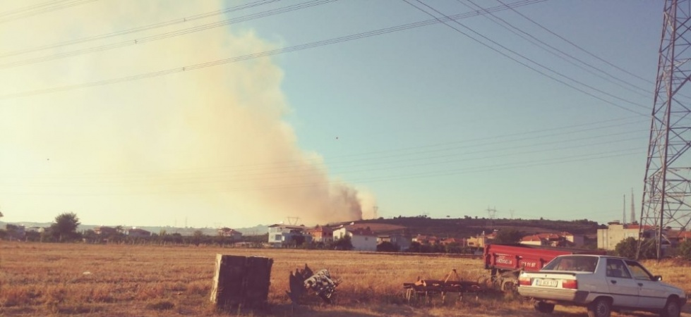 Soma'da orman yangını: 1 uçak, 5 helikopter havadan müdahale ediyor