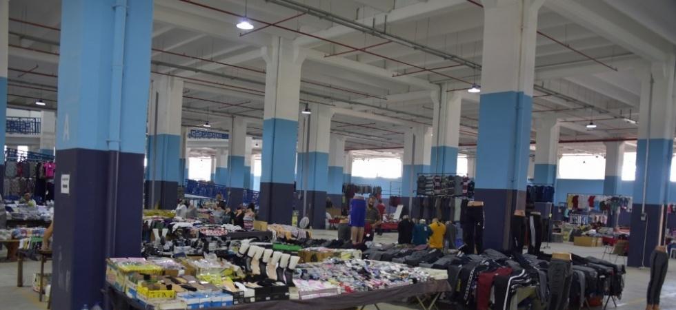 Yunus Emre Millet Çarşısı'nda tuhafiye tezgahları da kuruldu