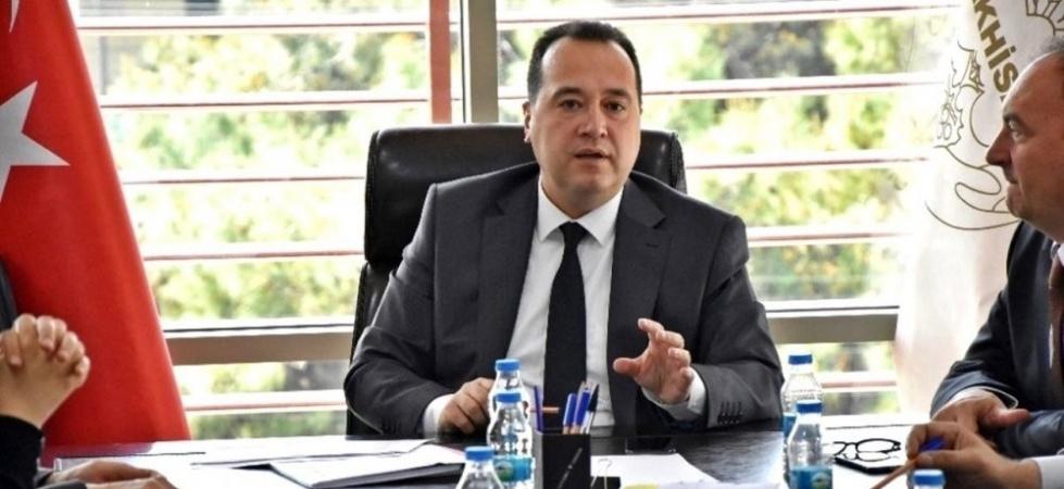 """Akhisar Belediye Başkanı Besim Dutlulu: """"Play-off oynayıp çıkamayan 3 takım da Süper Lig'e alınsın"""""""