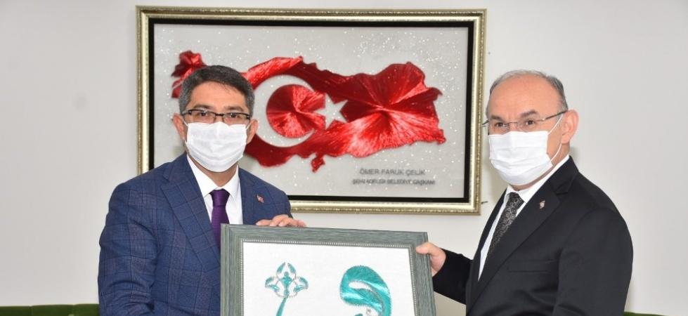 Başkan Çelik, Vali Karadeniz'i ağırladı