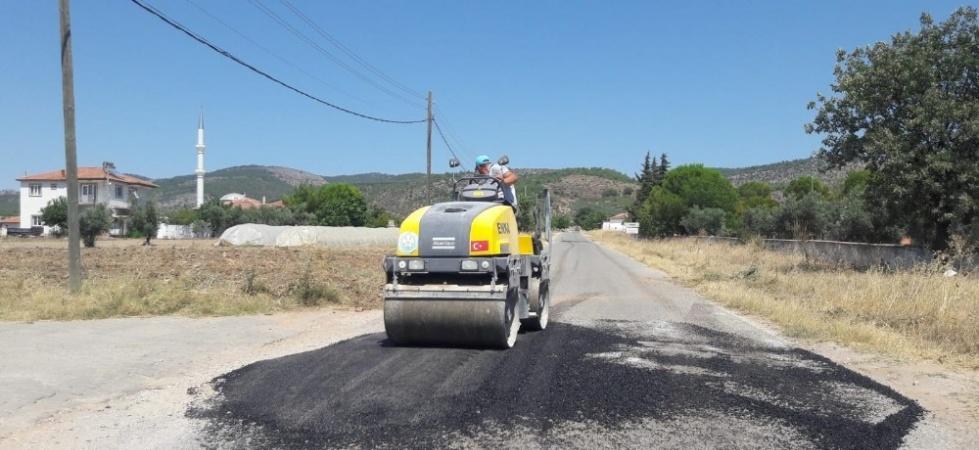 Büyükşehir asfalt ekipleri bayramda da durmadı