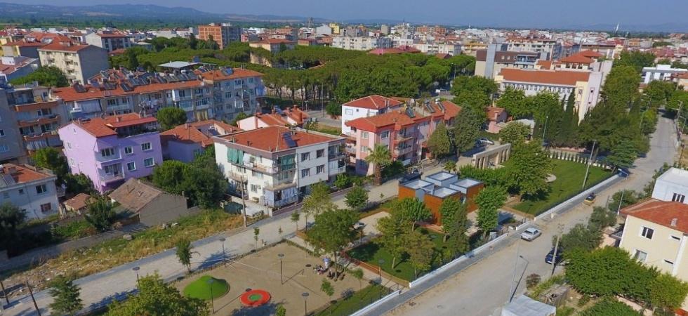 Saruhanlı 'Bülent Ecevit Parkı' açılışa hazır