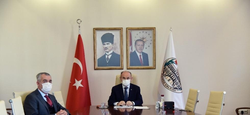 Vali Karadeniz başkanlığında Covid-19 tedbirleri görüşüldü