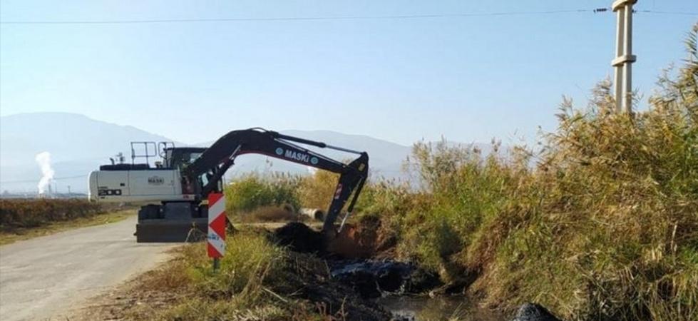Alaşehir'de dereler temizleniyor