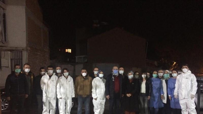 Kaymakam Sağlam'dan filyasyon ekibine gece ziyareti