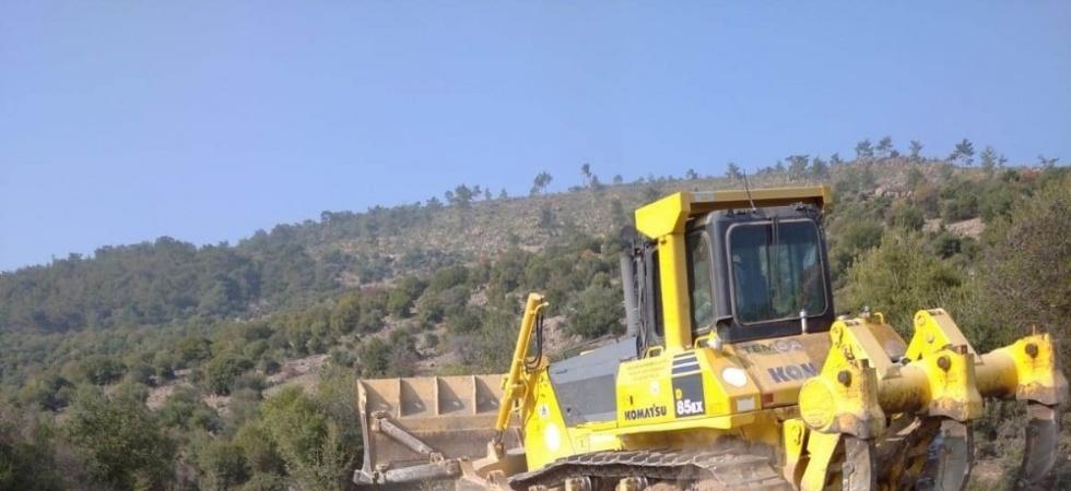 Saruhanlı'da gölet temizliği devam ediyor
