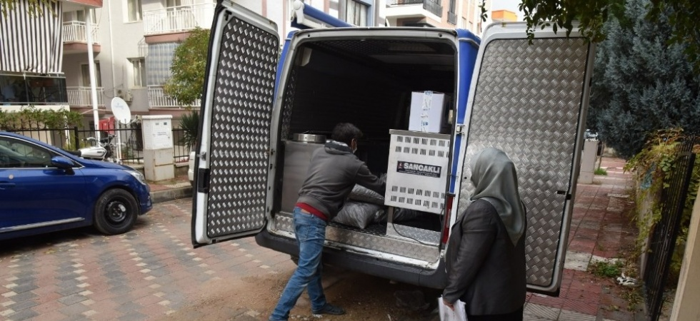 Yunusemre Belediyesi yakacak yardımlarını sürdürüyor