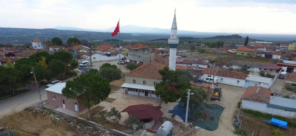 Saruhanlı Belediyesi Çakmaklı'nın çehresini değiştiriyor