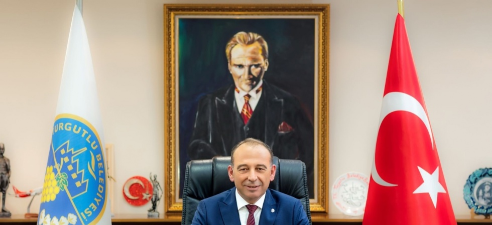 Başkan Çetin Akın İstiklal Marşı'nın 10 kıtasını okuyacak