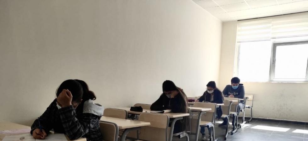 YEGEM'de bursluluk sınavı yapıldı