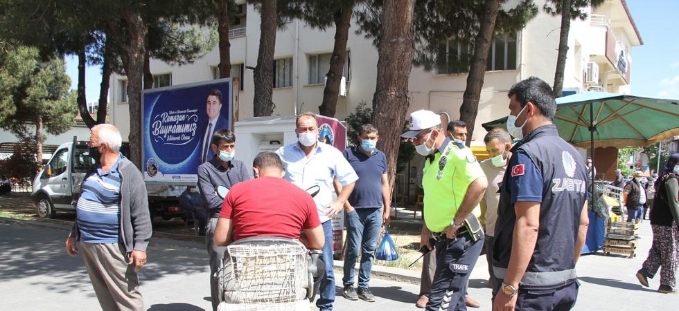 Açık kasa kamyonetin çarpıp kaçtığı engelli vatandaş yaralandı