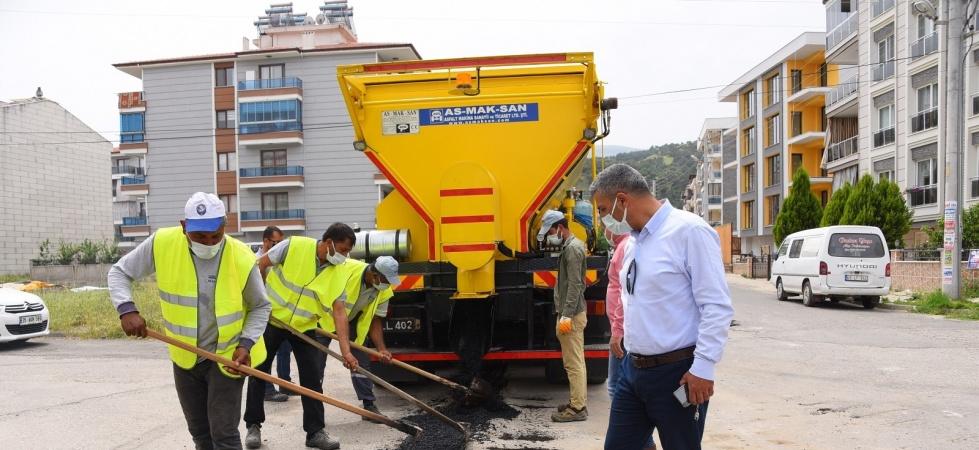 Salihli'nin asfalt robotu göreve başladı