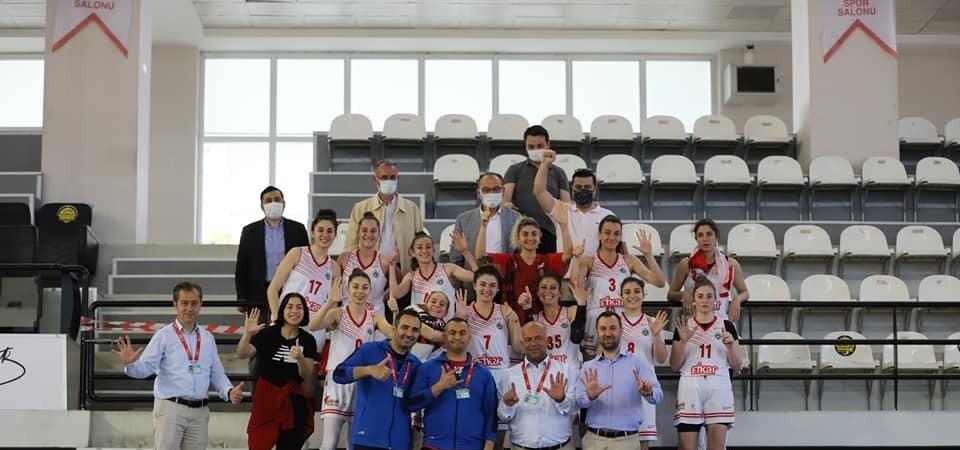 Turgutlu Belediyespor Kadın Basketbol Takımı 6'da 6 yaptı