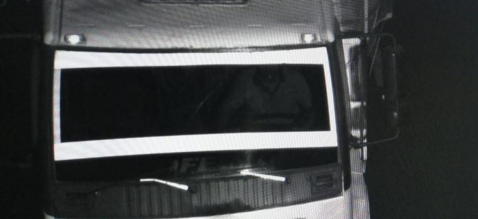 Kamyonun çarptığı adam öldü, kamyoncu olay yerinden kaçtı