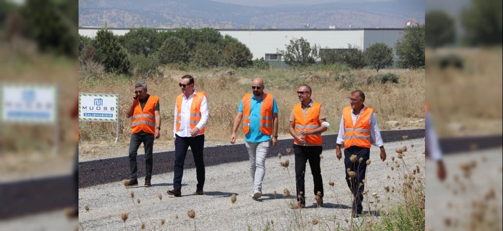 Muradiye OSB'de 2. etap asfaltlama çalışmaları tamamlanıyor
