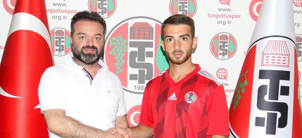 Turgutluspor Serhat Kot'la anlaşma imzaladı
