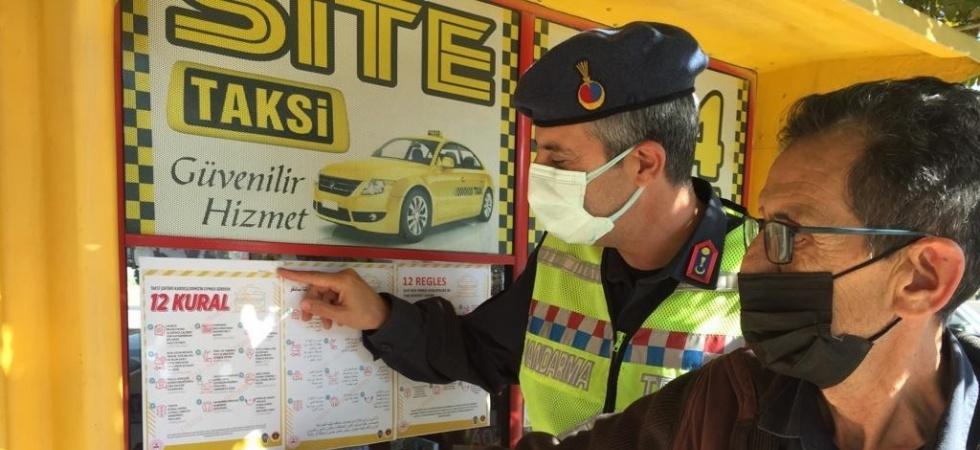 Jandarma ekipleri taksi şoförlerini bilgilendirdi