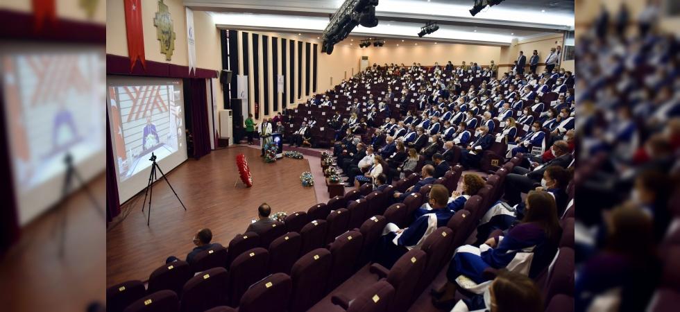 Manisa CBÜ'de 2021-2022 Akademik Yılı açılış töreni gerçekleştirildi
