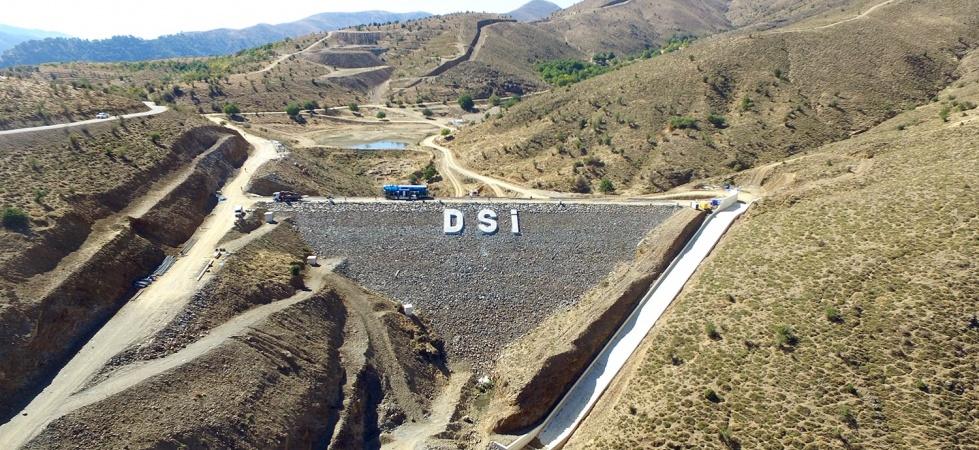 Manisa'da Horzum-Alayaka Barajı üzüm bağlarına bereket katacak