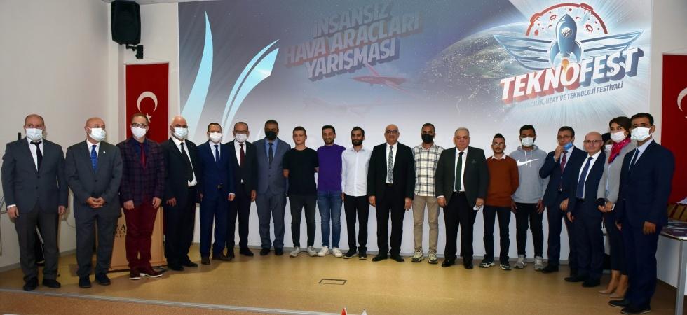 TEKNOFEST'in 2 dalda şampiyonu Manisa'da da ödüllendirildi