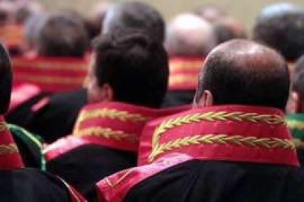 54 hakim ve savcıya yurtdışı yasağı