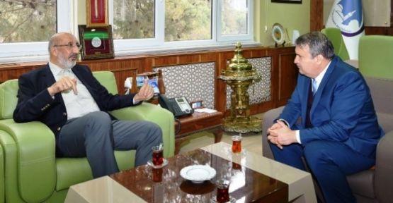 Başkan Çerçi Dilipak'ı Makamında Ağırladı