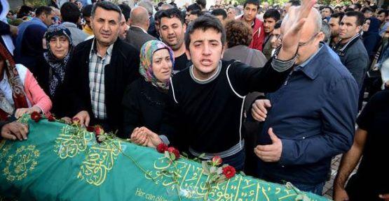Cenazede PKK tepkisi