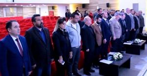 Meclis toplantısı saygı duruşuyla başladı