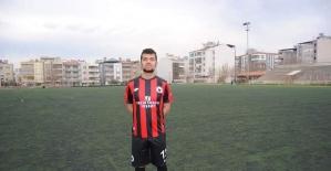 Genç futbolcu kansere yenildi