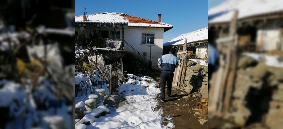 Manisa Büyükşehir kar kış demeden ihtiyaç sahibinin yanında