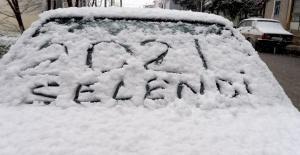 Selendiye ilk kar yağdı