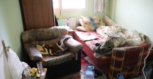Yaşlı Adamın Evinden 3 Kamyonet Çöp Çıktı