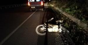 Bariyere Çarpan Motosikletin Sürücüsü Hayatını Kaybetti