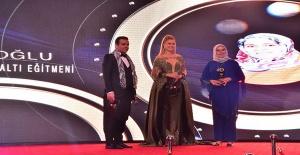Nuran Zincirlioğlu, Uluslararası Doğu Ödüllerine layık görüldü!
