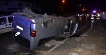 Minibüs takla atıp karşı şeride geçti; 5 yaralı