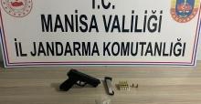 Manisa'da durdurulan otomobilde, tabanca ve uyuşturucu bulundu